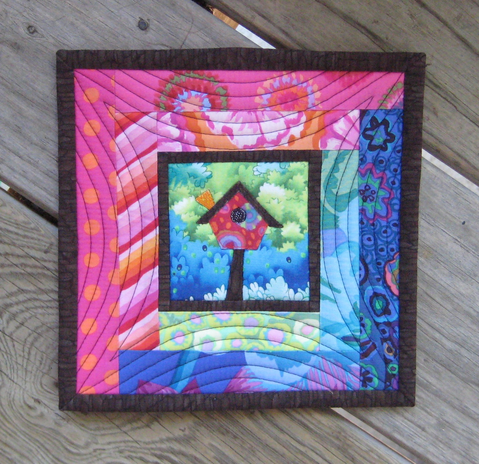 FlossieBlossoms: Bitties, Mug Rugs And A Fab Little Quilt