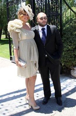 Exquisito caj n desastre nos vamos de boda cuidado con for Boda en jardin como vestir hombre