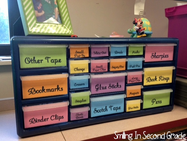 Pinterest classroom organization first grade first grade - Classroom desk organization ideas ...