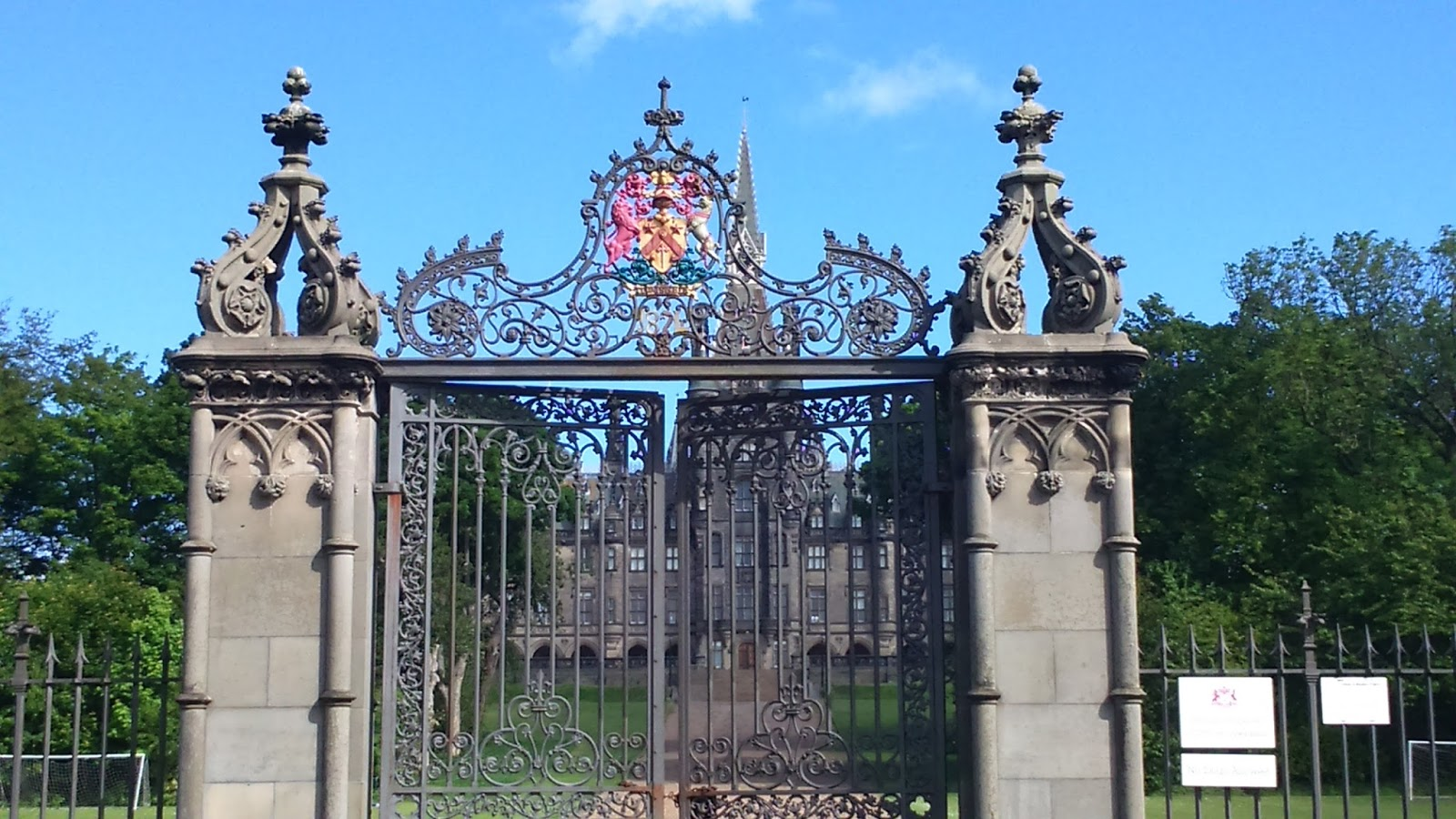chateau typique ecosse