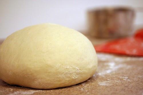 طريقة عمل خبز الساندويتشات (الفينو أو الصامولي أو الصمّون)
