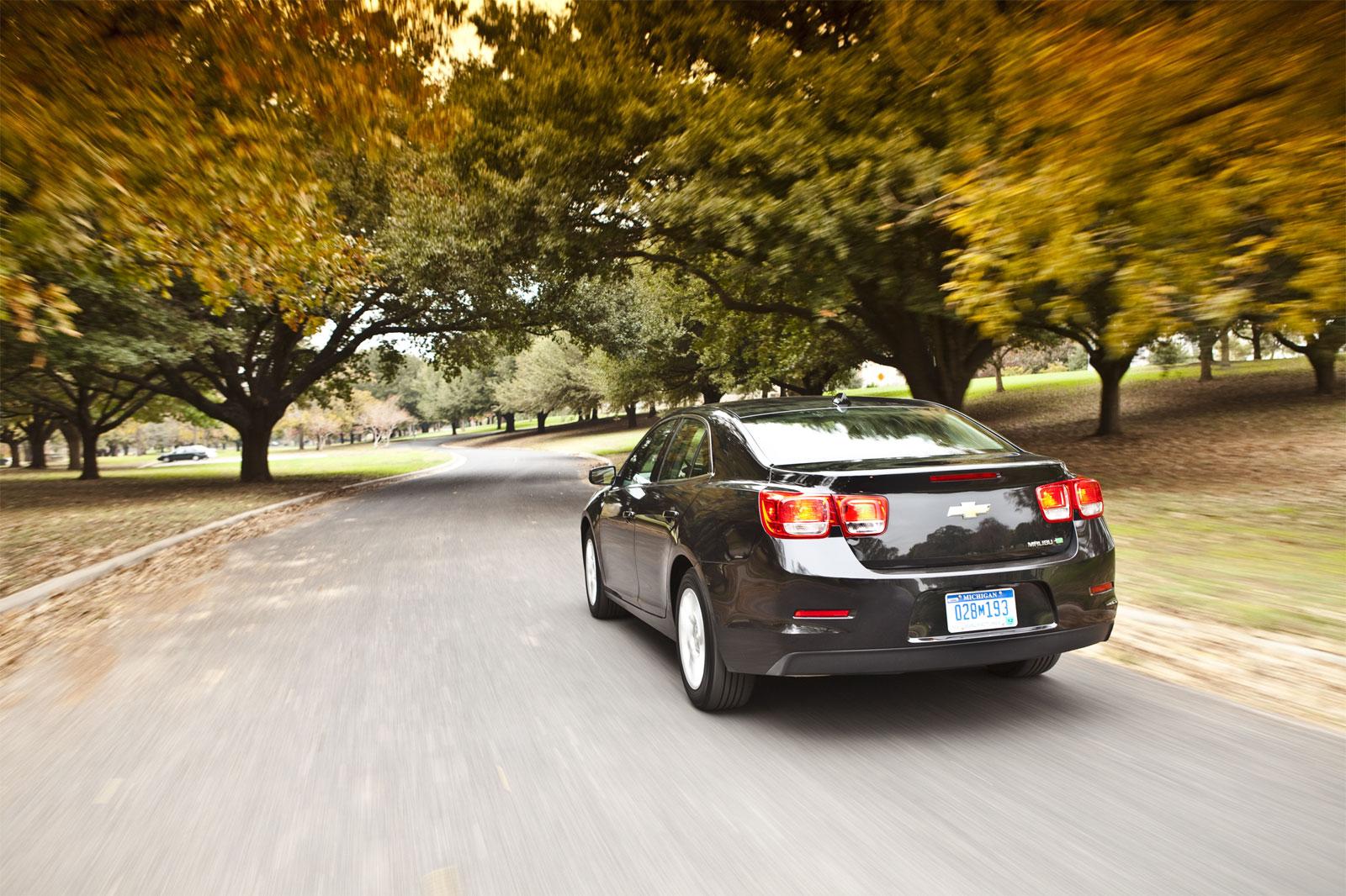 http://1.bp.blogspot.com/-tRK1W0foyrc/T-sN47BARcI/AAAAAAAAD9g/d8gUE1Gy9Gc/s1600/Chevrolet+Malibu+Eco+Hd+Wallpapers+2013_1.jpg