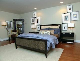 Tapetes usados embaixo da cama de casal