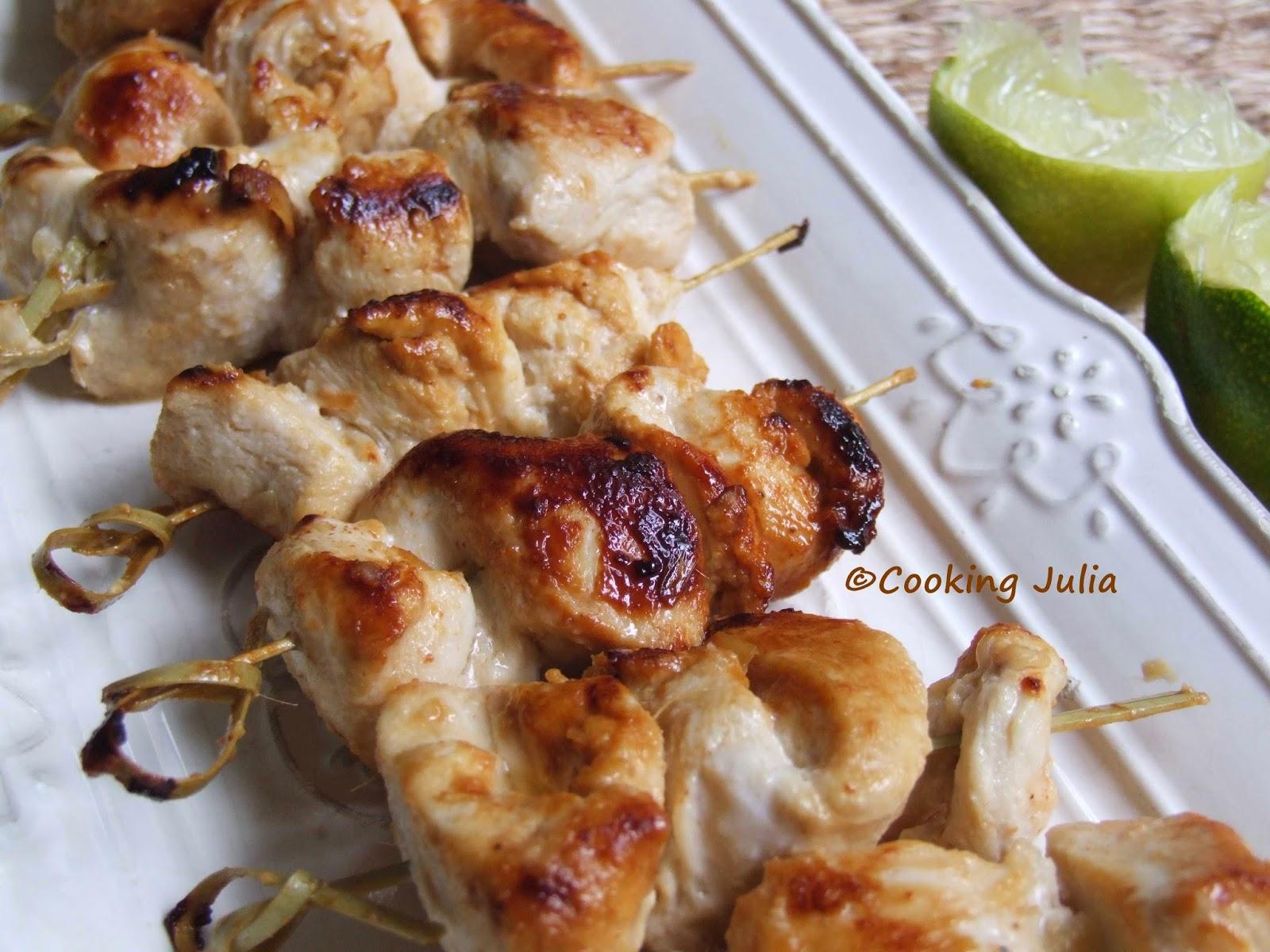 cooking julia brochettes de poulet marin au lait de. Black Bedroom Furniture Sets. Home Design Ideas
