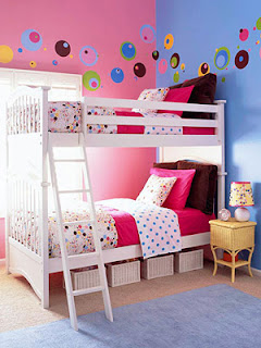 Bedroom Wall Designs for Teenage Girls