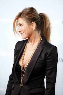 Jennifer Aniston Hairstyles - Celebrity hairstyle ideas for girls