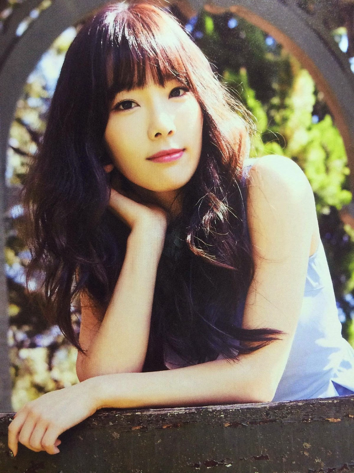 SNSD Taeyeon (태연; テヨン) Girls Generation The Best Scan Photos 5