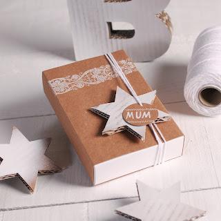 caja packaging navideño selfpackaging estrellas navidad