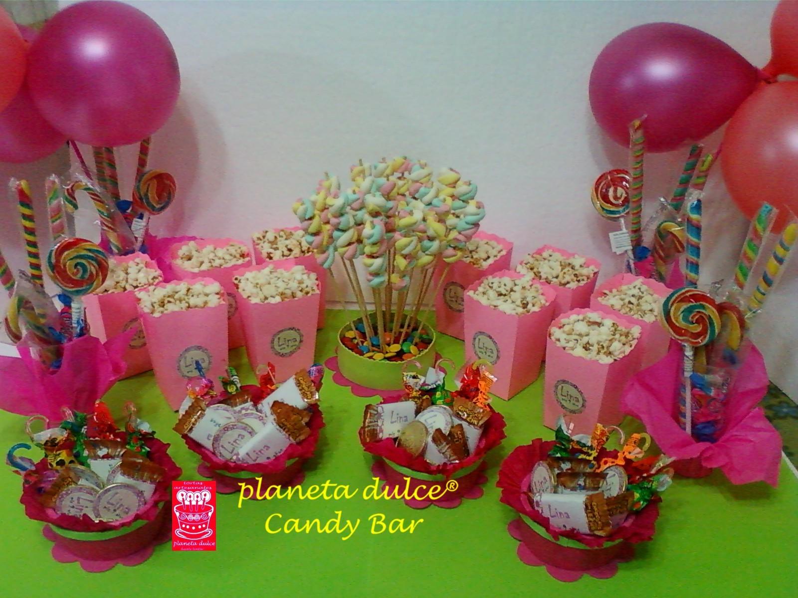 Mesa de golosinas tortas decoradas mesa de golosinas - Adornos con golosinas ...