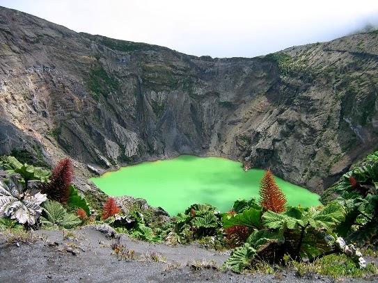 El increíble Lago del volcán Irazú Costa Rica