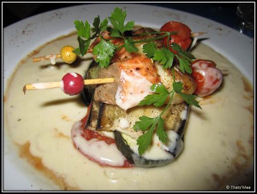 Brochettes saumon-saint jacques, restaurant Le Biscornu Paris 2 rue Montmartre
