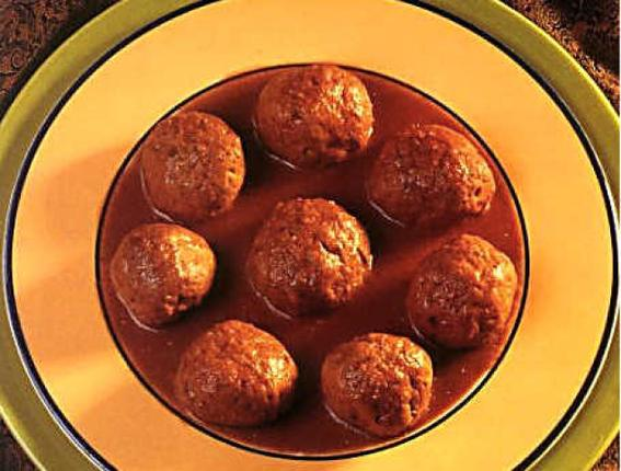Kashmiri food recipes rista rista is a mouth watering famous dish of kashmiri wazwan it is prepared in red chilly powder and other spices in a very special manner forumfinder Gallery