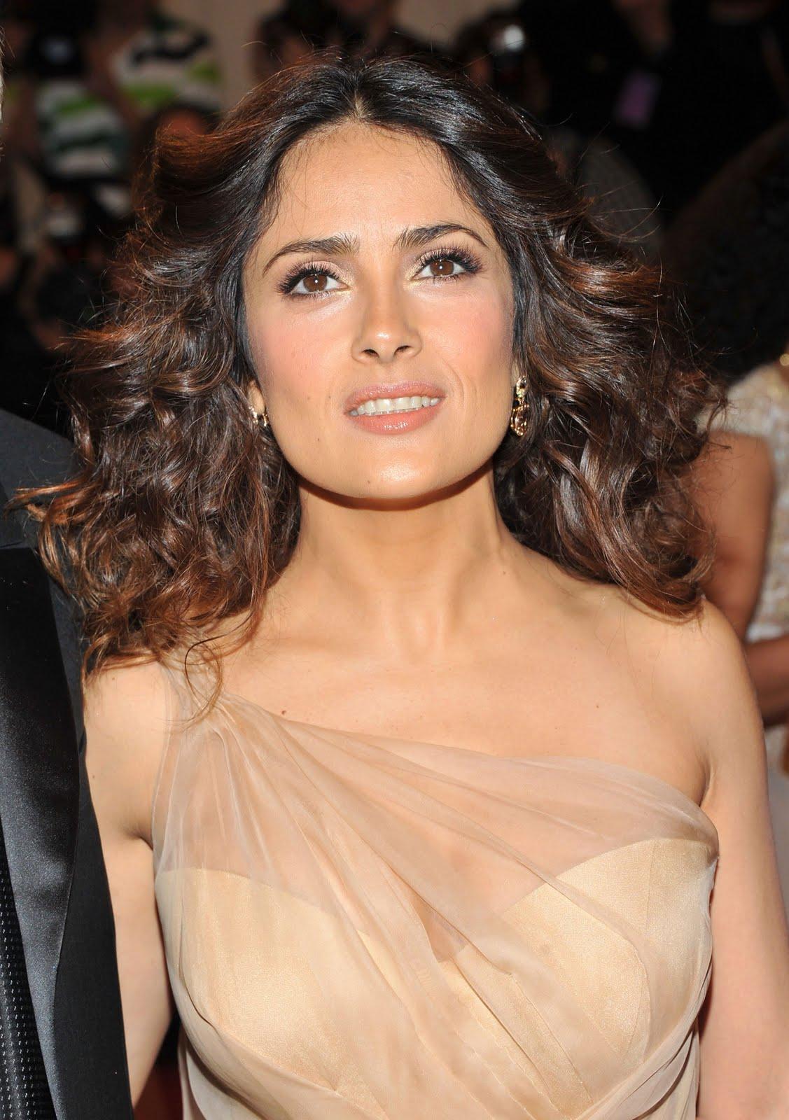 http://1.bp.blogspot.com/-tTHVDroEgtA/Tl9gh_AOR9I/AAAAAAAAAa0/a_mL2N8CywU/s1600/Salma-Hayek-pics-images-photos-pictures-videos-Actress-movies+%25285%2529.jpg