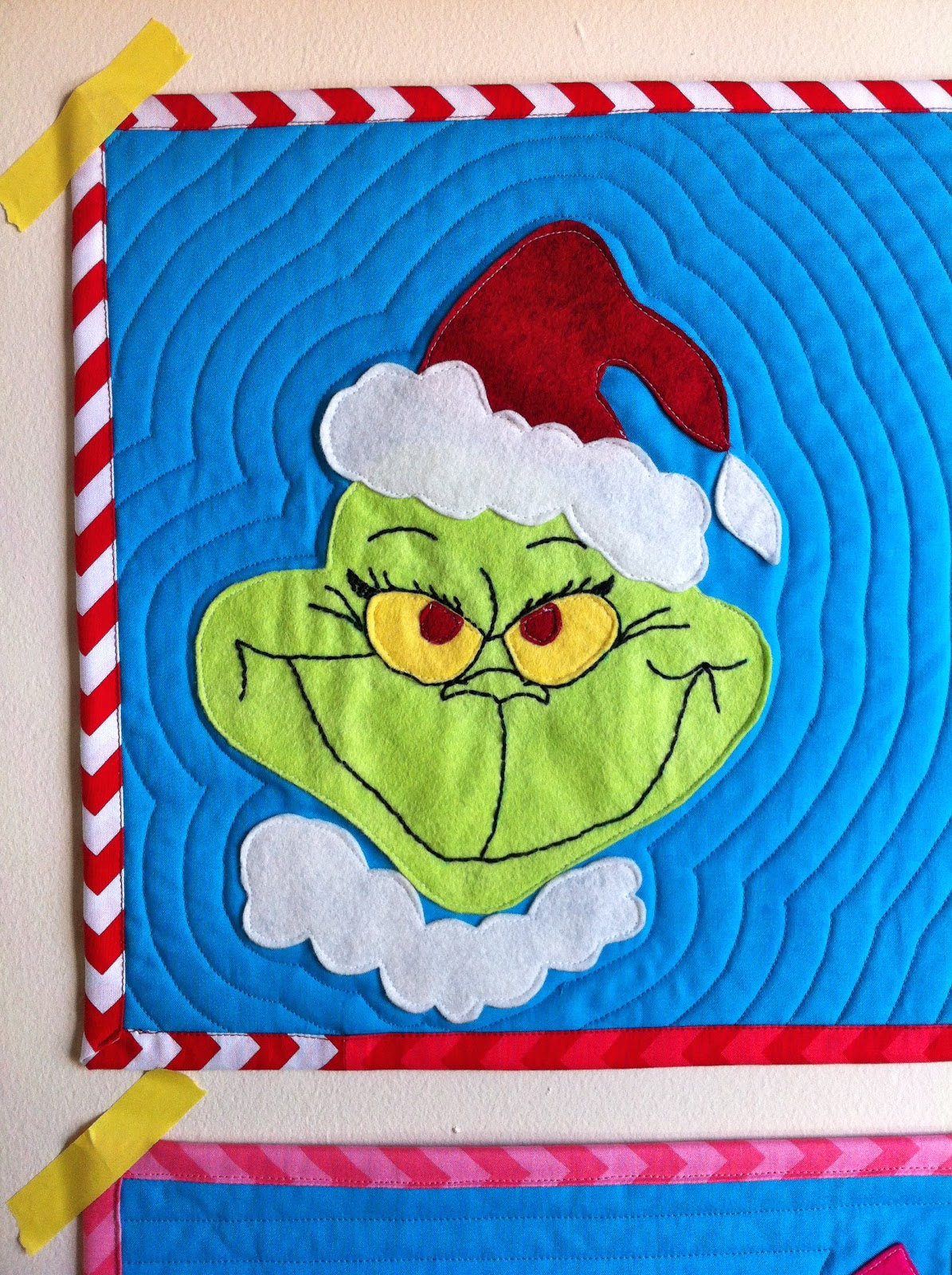 little gray: Grinch Placemats with Free Pattern