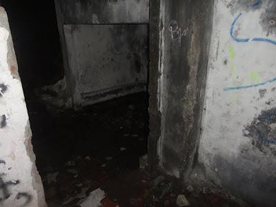 Corat - Coret: Rumah Hantu Darmo