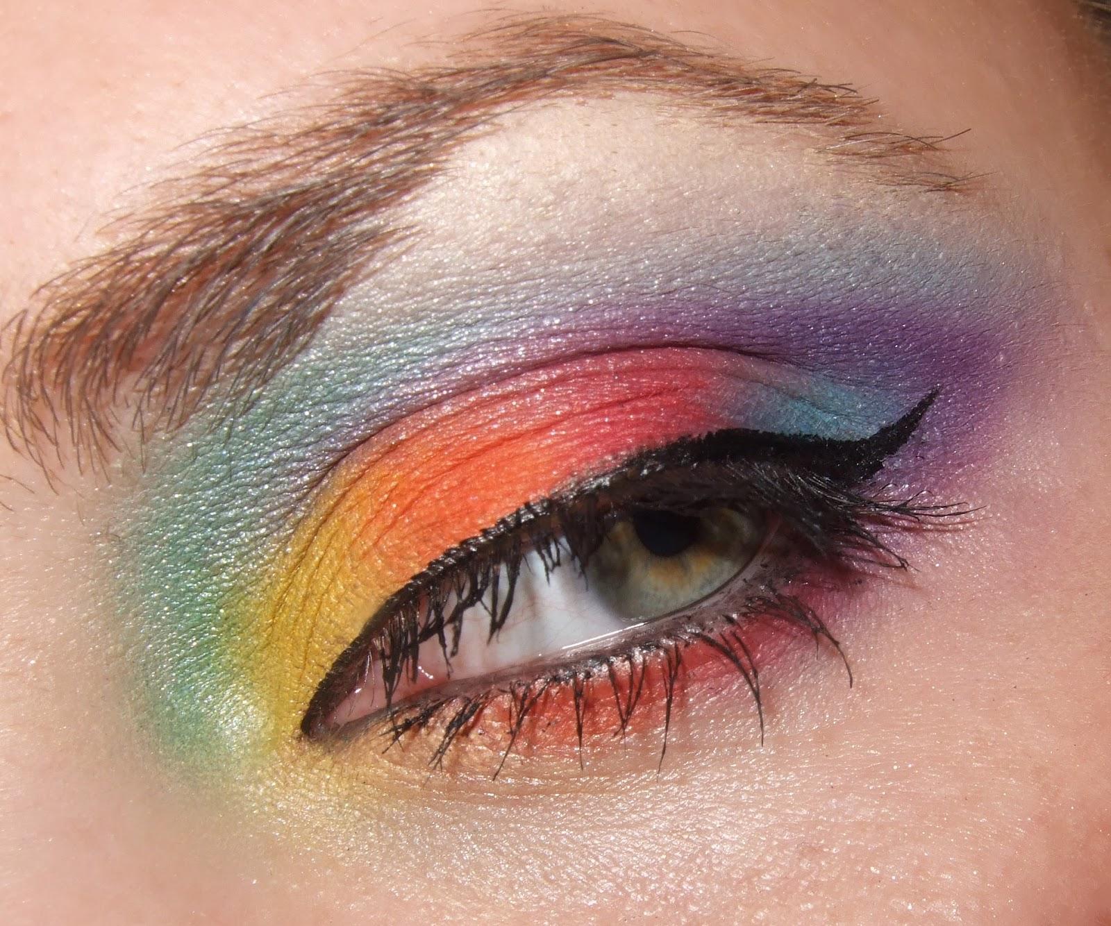 Daily Make Up Im Zeitraffer Verrucktes Regenbogen Make Up