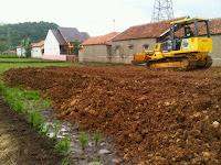 jasa pengurukan tanah, pasir curah, pasir pegunungan, pembangunan jalan raya, pembangunan jalan desan, kontraktor bandung