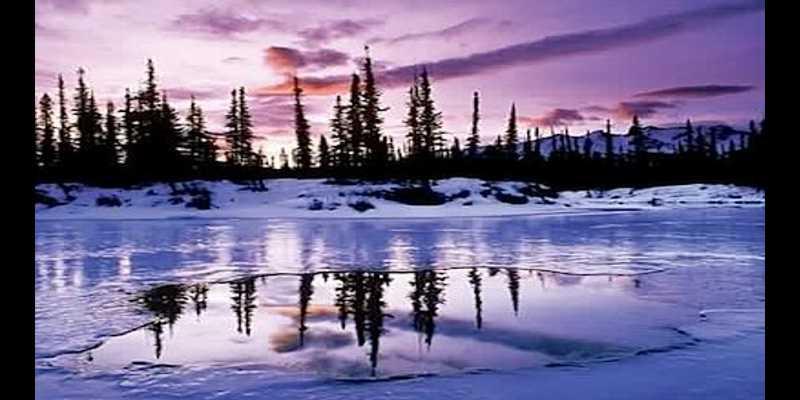 Kegiatan Paling Menyenangkan Saat Berlibur Ala Bule - Memancing di Danau Es di Kanada