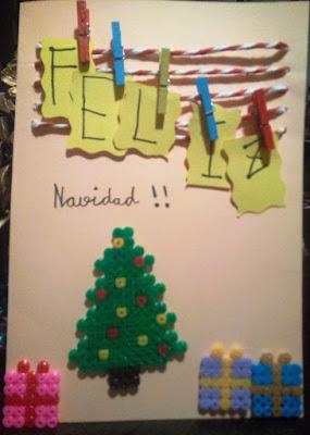 Tarjeta de navidad con hama beads