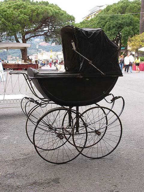 http://www.cepolina.com/ab/carriage-pram-vintage-old.htm