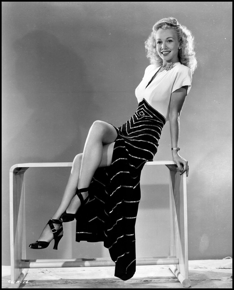 August Ames Death >> A Slice of Cheesecake: Carole Landis the glamor girl