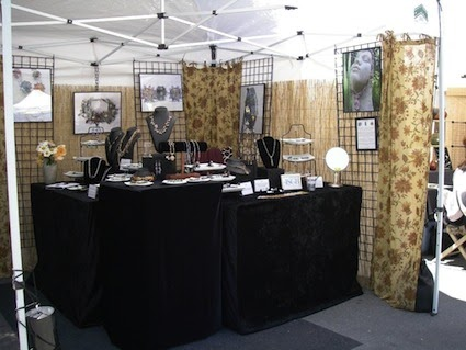 Deanna burasco designs anatomy of an arts and crafts fair for Display tents for craft fairs