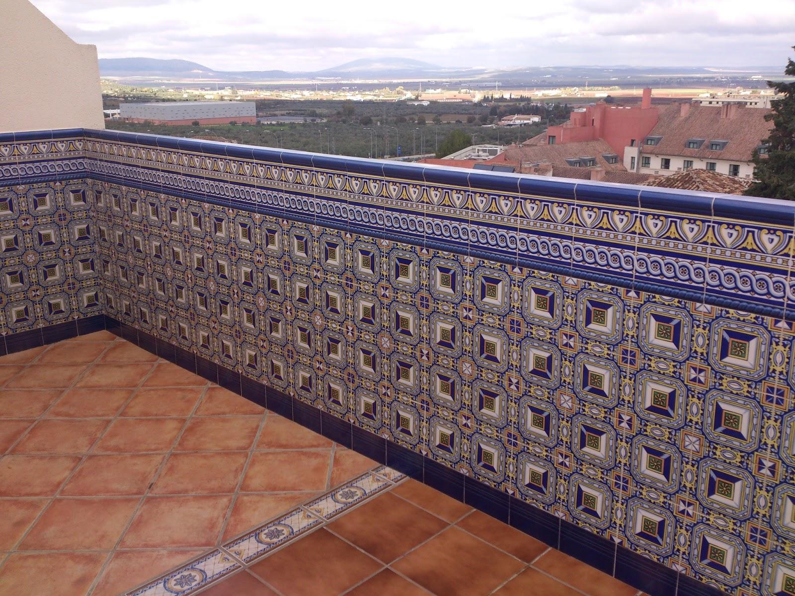 El blog de corbasur sl enero 2013 for Azulejos patio