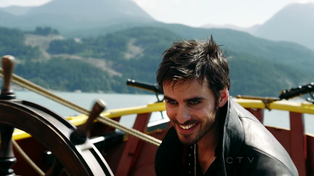 Colin+O%2527Donoghue+as+Captain+Hook+on+Once+Upon+A+Time+S02E04+Crocodile+10.png