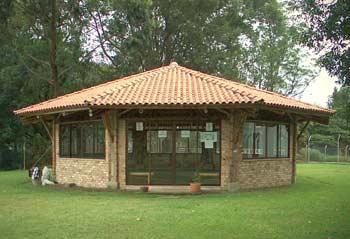 Apuntes revista digital de arquitectura m dulos for Kiosco de madera para jardin