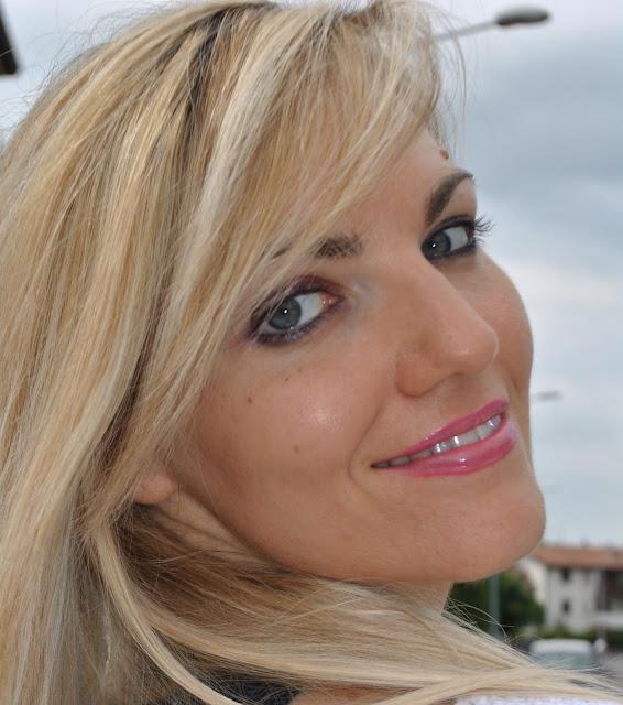 mariafelicia magno fashion blogger color block by felym occhi azzurri come truccare gli occhi azzurri mac cosmetics ragazze bionde blonde girl blonde hair ragazze bionde