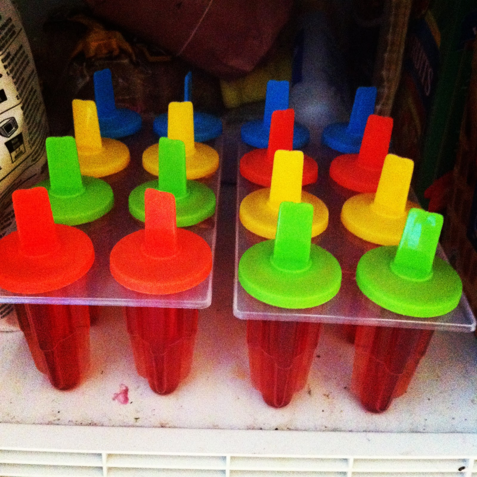 ... of a Darwinian Fail: #WIAW - Fruity Ice Tea Lemonade Popsicles