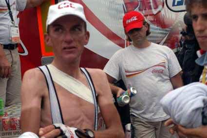 Dieta de un ciclista Tyler_hamilton_fractured_collarbone_1