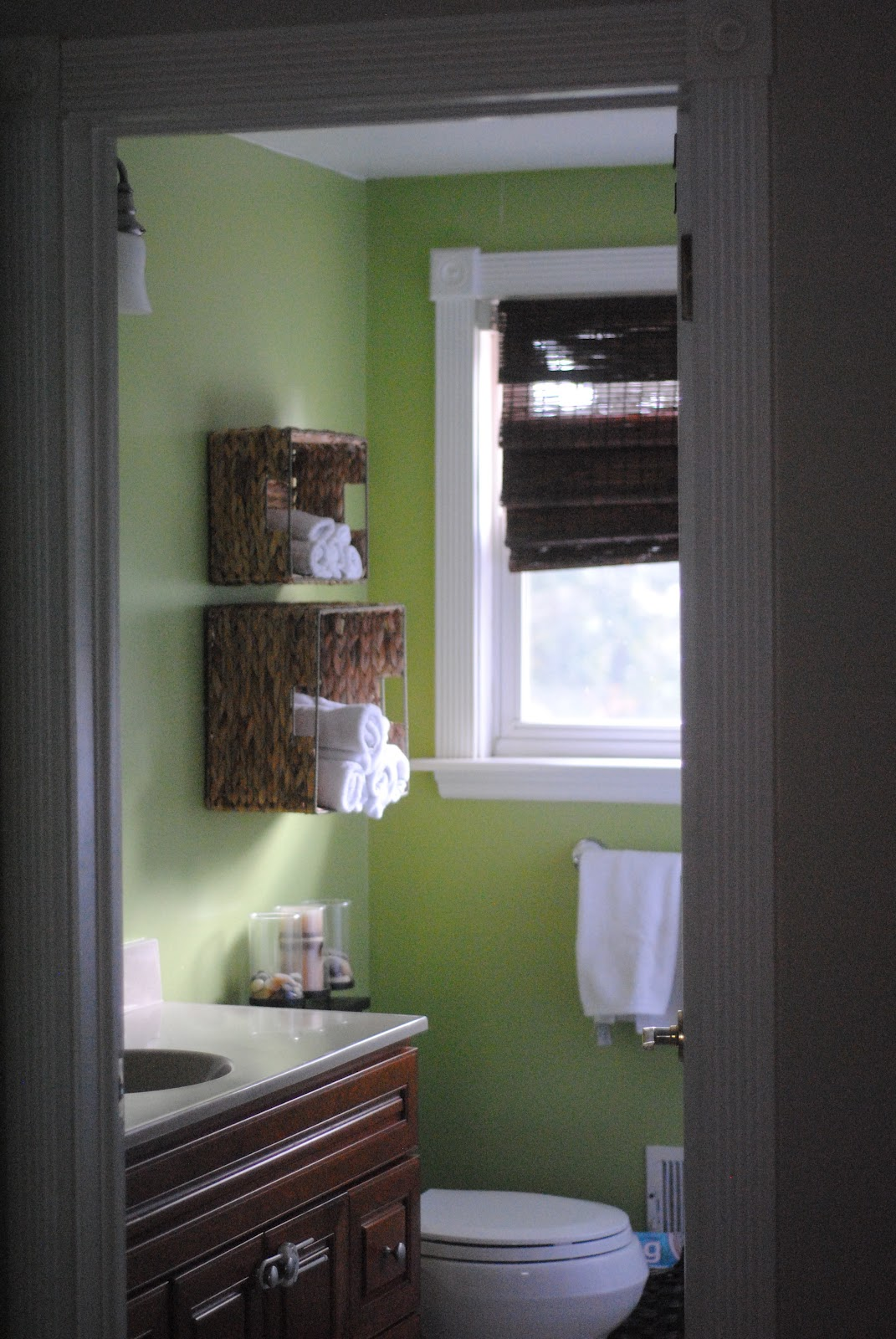 Easy Bathroom Towel Storage Idea