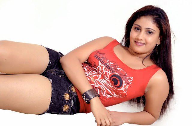 amrutha valli sizzling hot images
