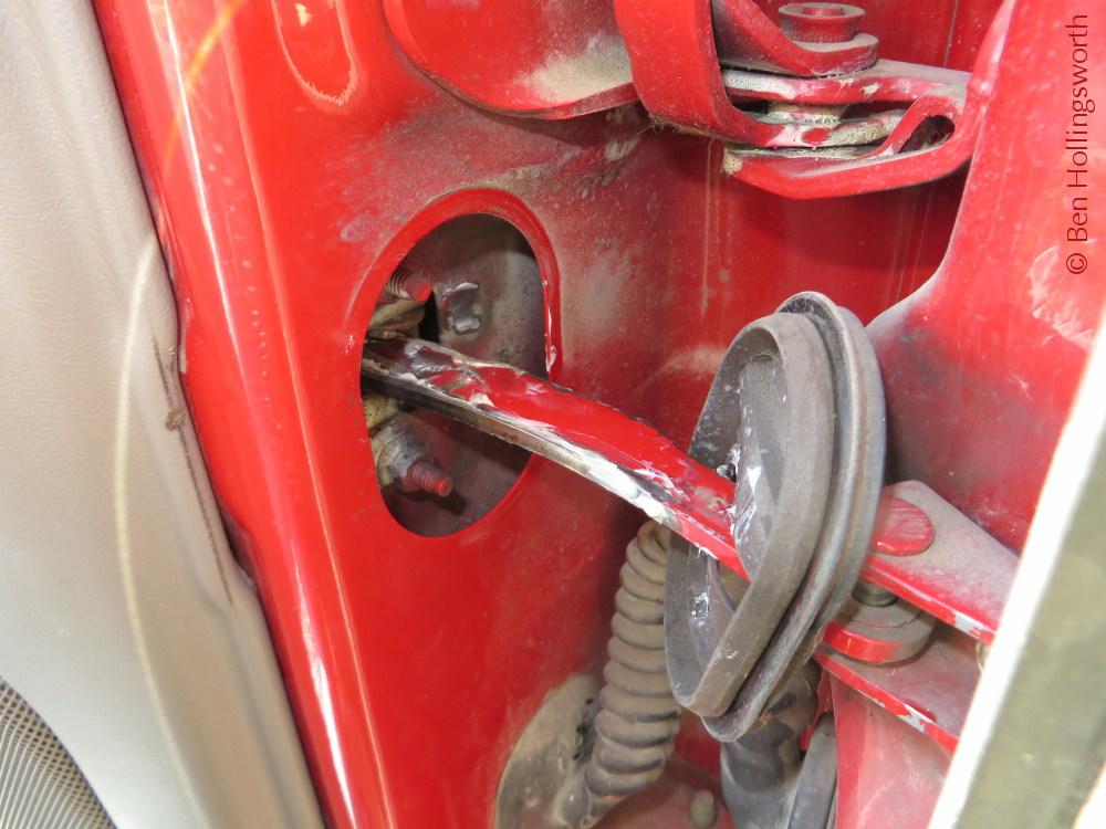 Lubing a stubborn car door & Prairie Rim Road: Lubing a stubborn car door pezcame.com