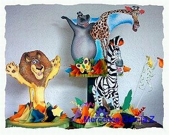 Otro lindo centro de mesa con los personajes de Madagascar, las