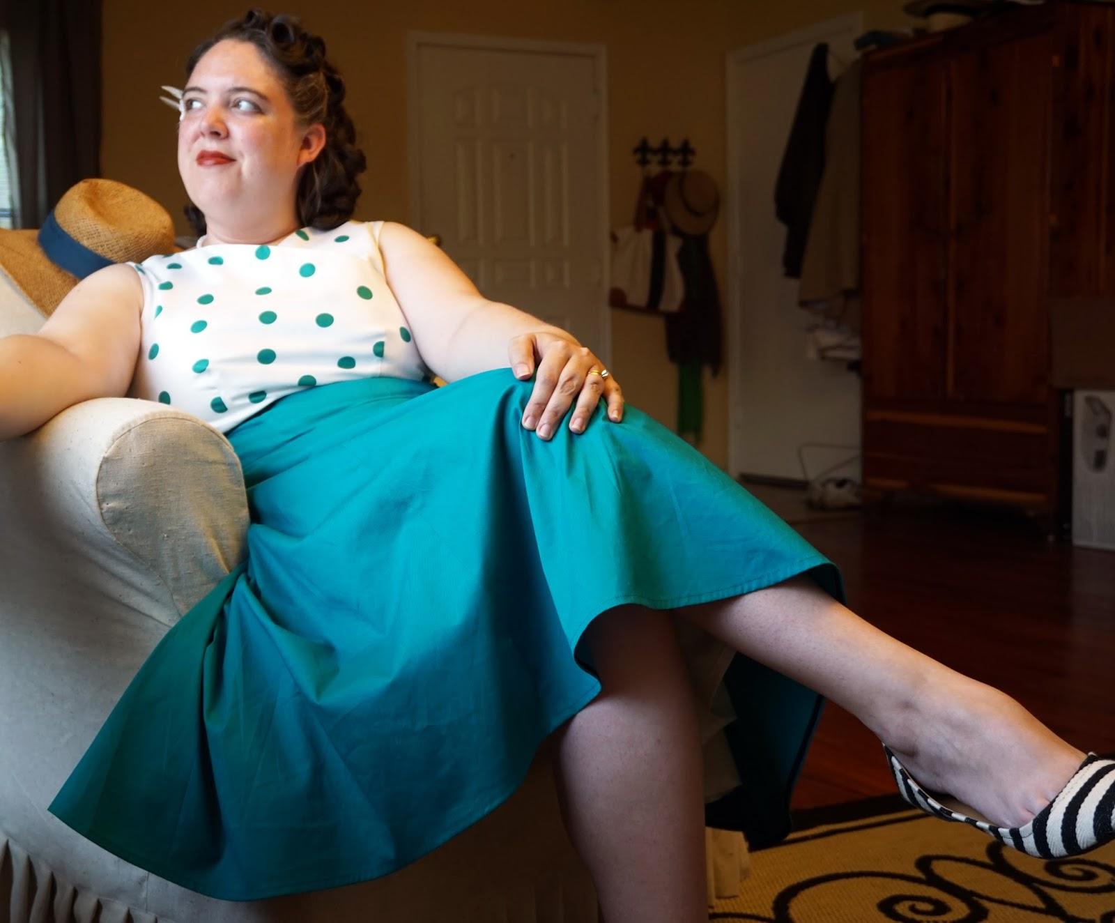 Aux Belles Choses: Teal Polka Dot Tea Dress - Butterick 5603