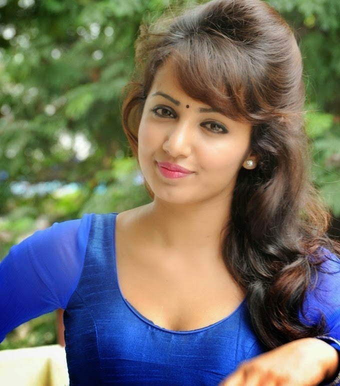 Heart Attack Telugu Movie Heroine Name A COMPLETE PHOTO GALLE...