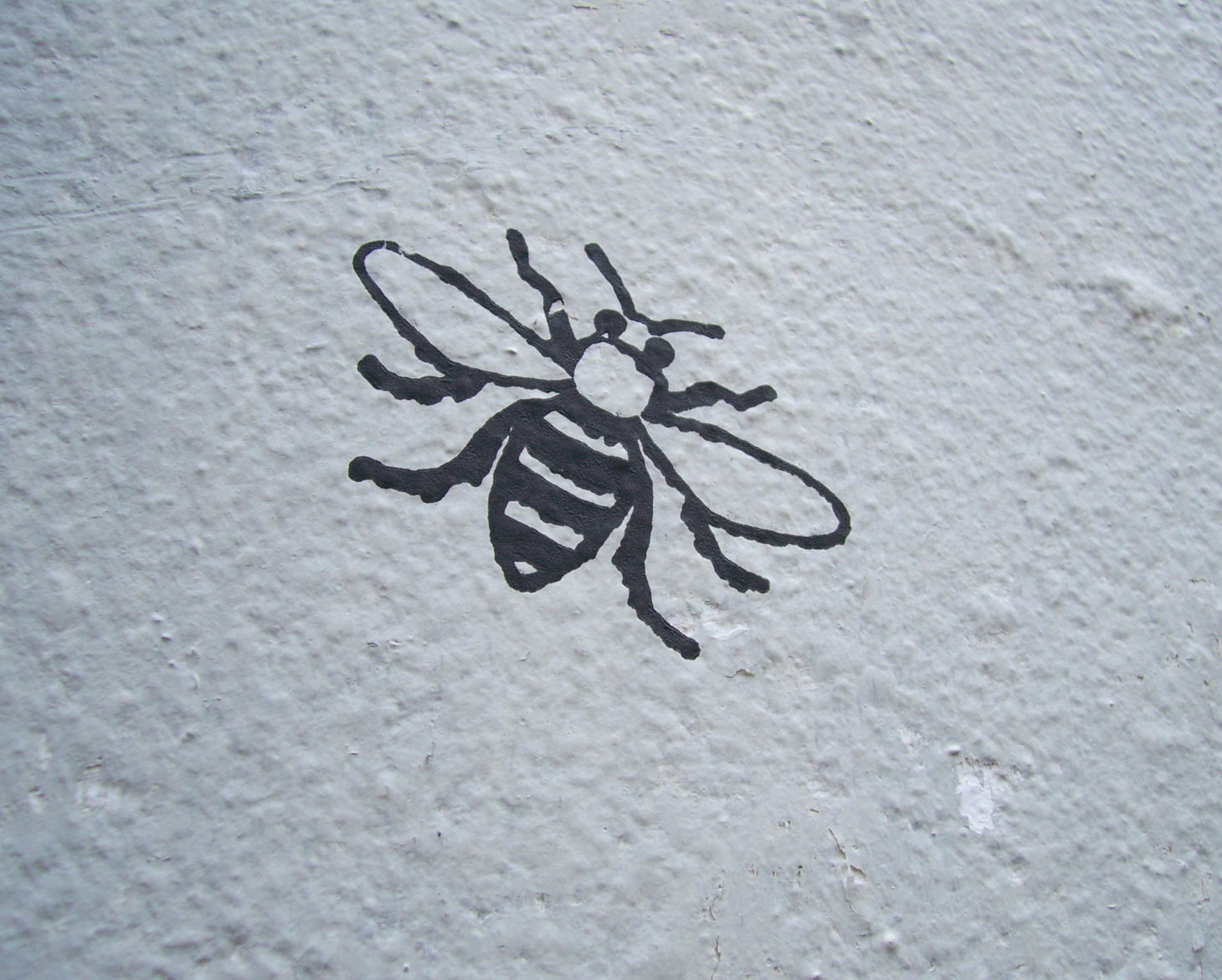 The magpie 39 s daughter i love manchester for Bee tattoo manchester