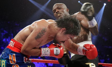 Bradley defeats Pacquiao split decision