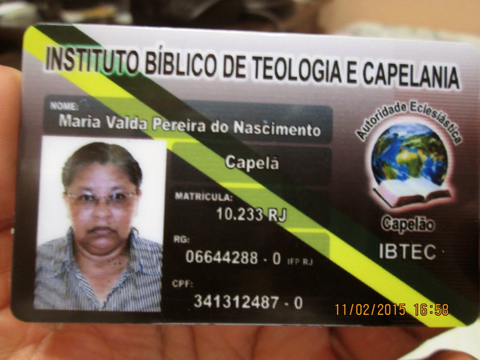 AUTORIDADE ECLESIÁSTICA - CAPELÃ -