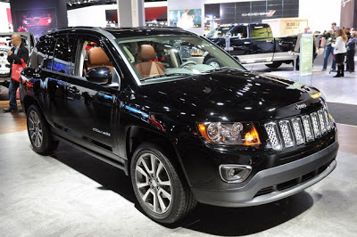 2014 Jeep Compass/Patriot sing their swan songs with a six-speed automatic