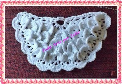 Modelo de barrados ou bico de crochê para pano de prato com motivo circular em ponto escama ou crocodilo