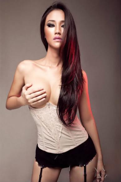 Maya Singer Nude Photos 48