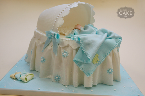 Bassinet Cake7
