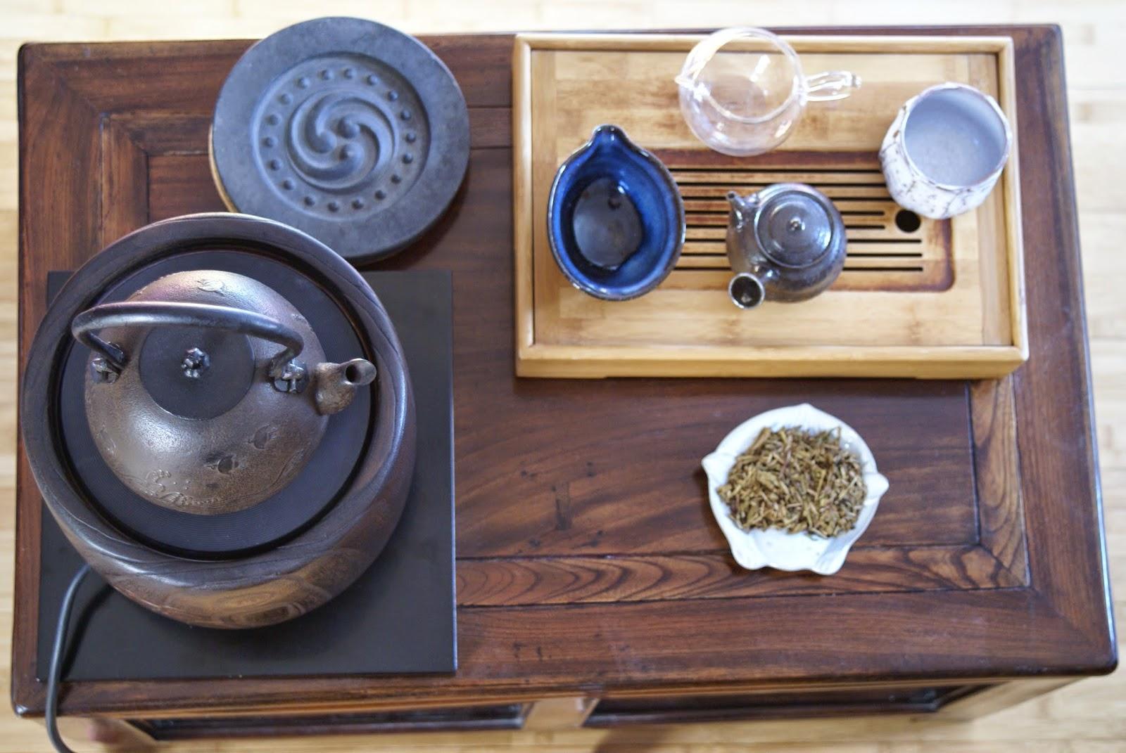 ustensiles pour le thé