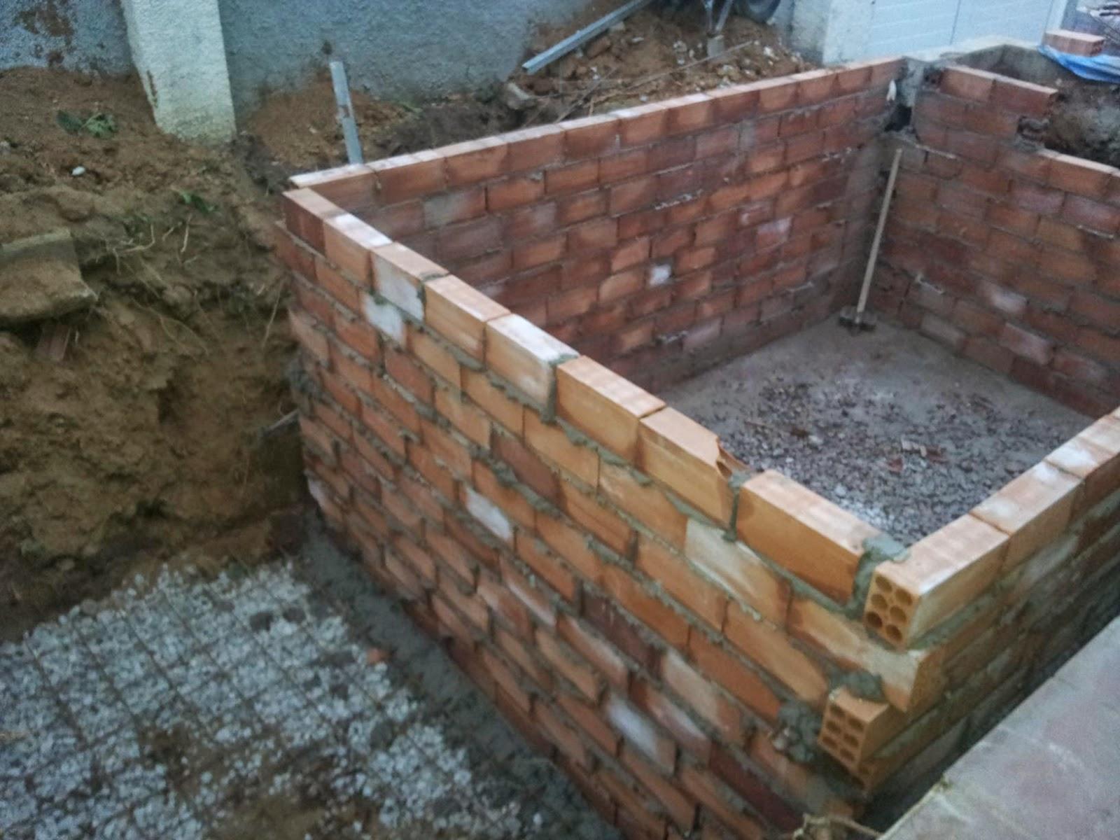 Construcci n reparacion y mantenimientos de piscinas for Construccion de piscinas con ladrillos