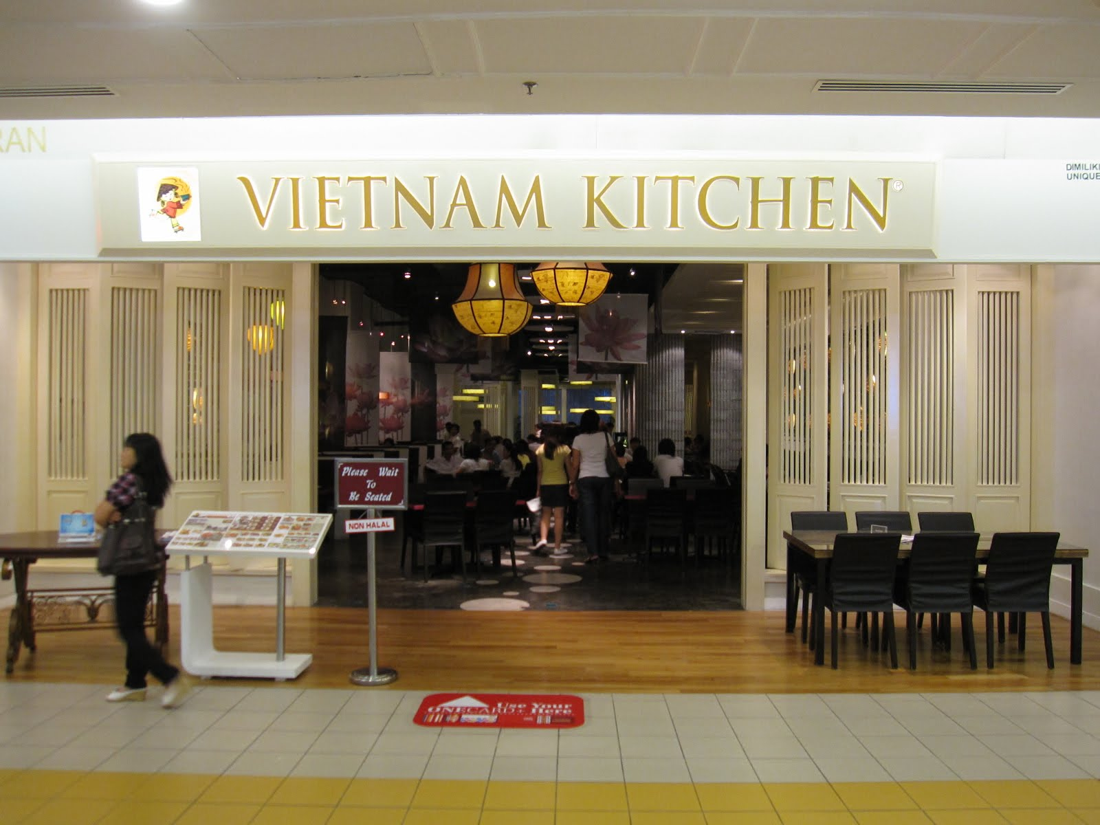 thule food quest Vietnam Kitchen 1Utama Shopping Centre