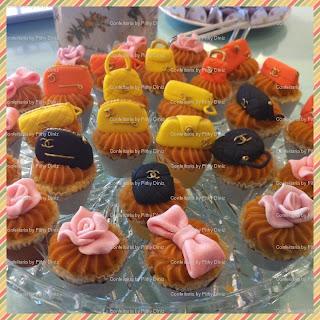 cups+bolsinhas2 Miniaturas famosas nos Baby cakes da Confeitaria!!