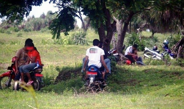 Parah !! 82% Remaja Indonesia Berciuman Saat Pacaran !! [ www.BlogApaAja.com ]